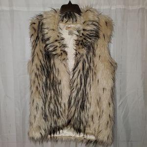 Bedford Cottage Nayla Faux Fur Vest